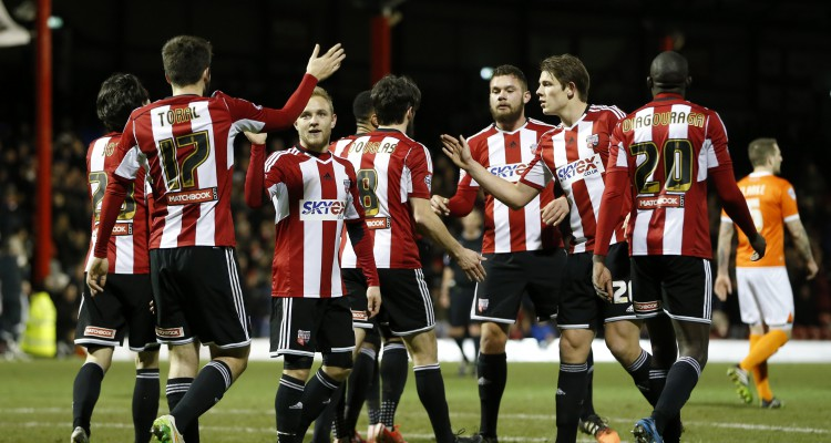 Brentford's Jon Toral celebrates scoring the opening goal with his team mates