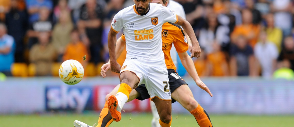 Ahmed Elmohamady and Kevin McDonald during the Sky Bet Championship match between Wolverhampton Wanderers and Hull City played at Molineux, Wolverhampton
